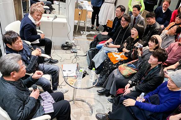boyの茂木と40年以上のお付き合いになる写真家のハービー・山口さんの写真展「Herbie was here」をboy Tokyoにて開催。