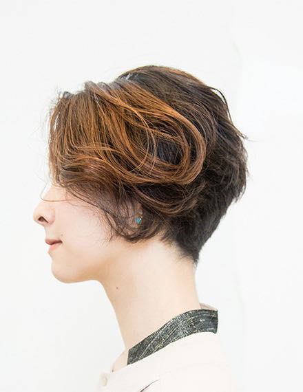 HAIR & STYLES